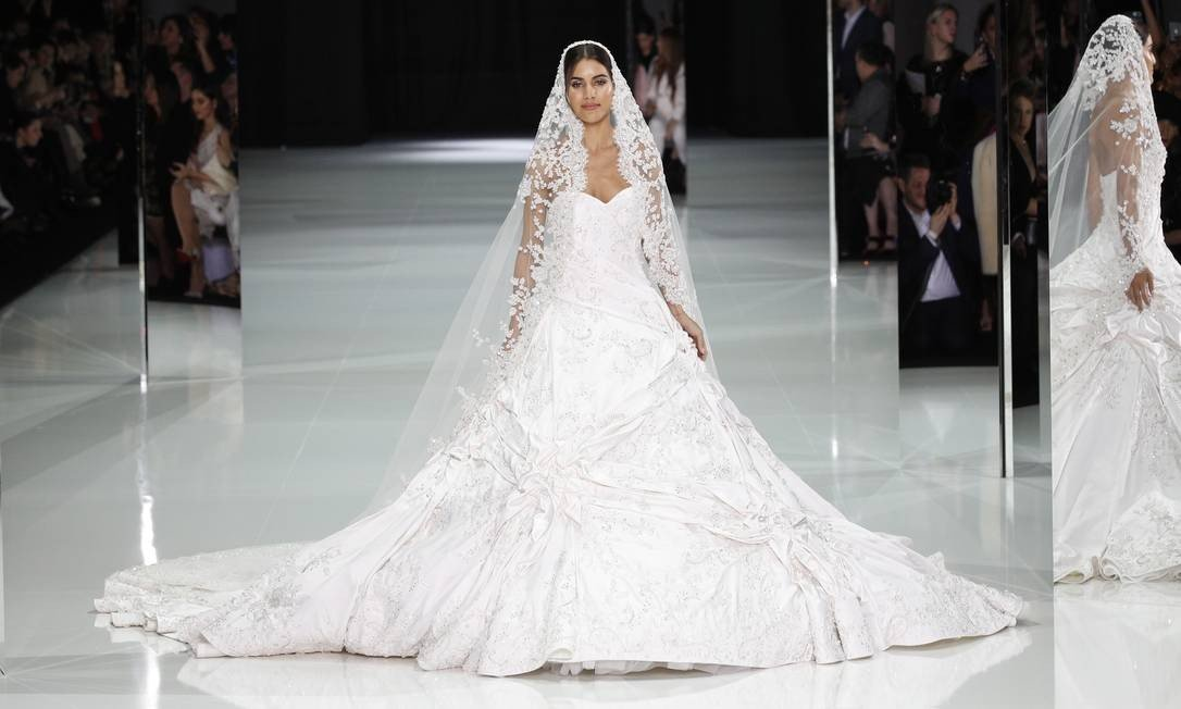runway report ralph russo ss18 haute couture dwp