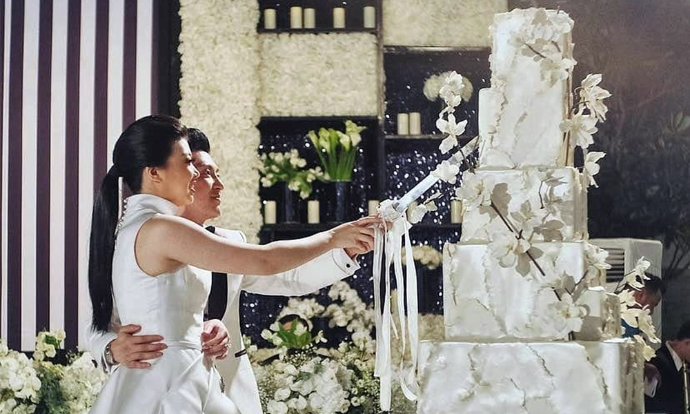 The Hottest Wedding Cake Trends Of 2018
