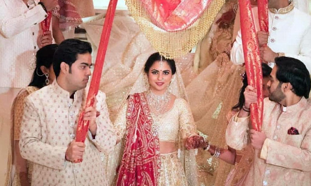 Indian Tycoon's Heir Ties The Knot
