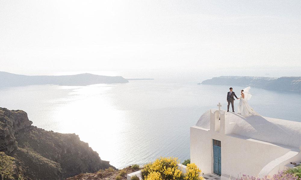 I 'Lava' You: Karen & Li's Santorini Nuptials