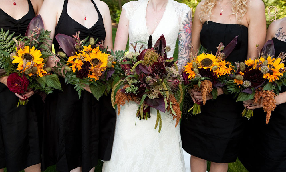 Top 10 Floral Trends For 2021 Weddings