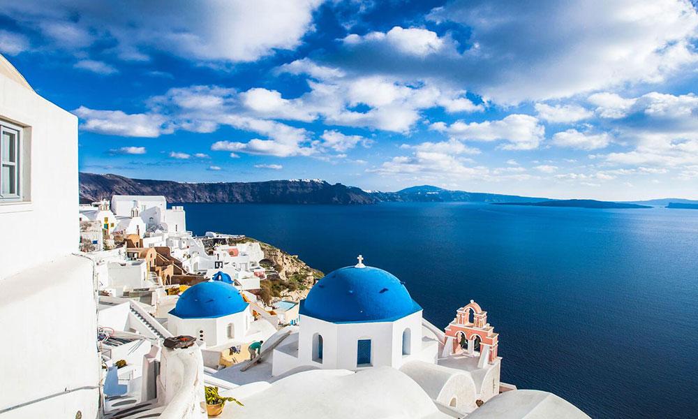 How Greece Is Beating The Clouds Of Coronavirus