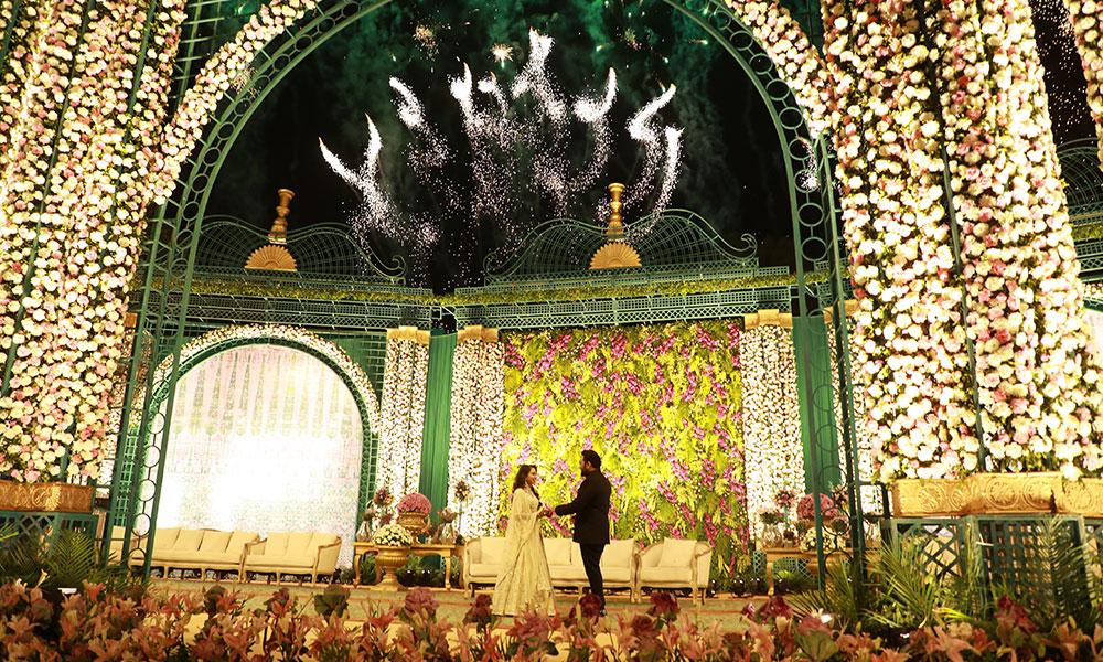 """This Indian Wedding Planner's Wedding Redefines Luxury In An """"Absolute"""" Way"""