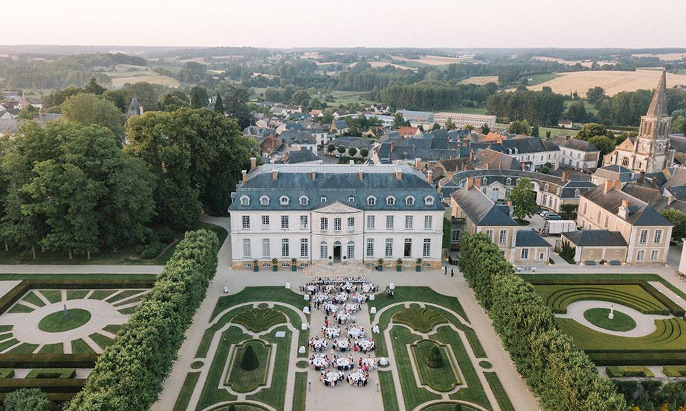 A Classic Alfresco Fairytale Wedding In A French Castle