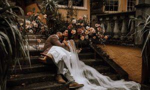 6 Effortlessly Chic Backyard Wedding Dresses